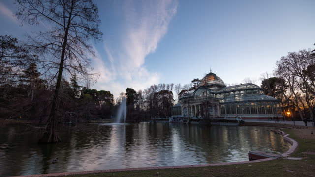 Timelapse at Sunset of the Cristal Palace at Parque el Retiro in Madrid