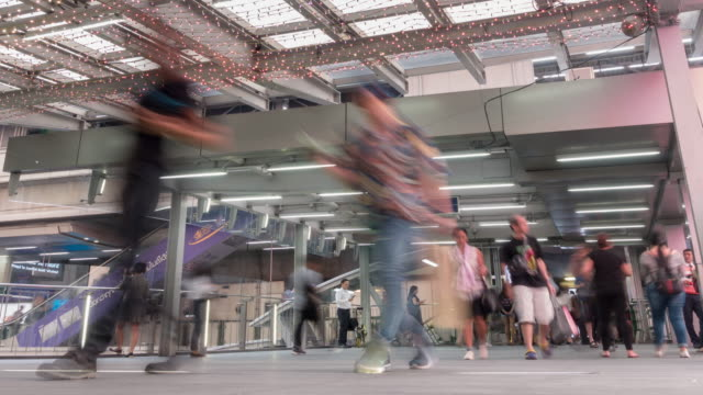 time-lapse: Bangkok sky treinstation Gate
