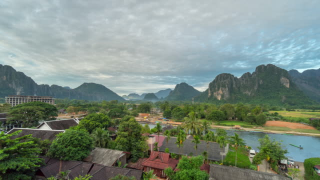 4K Time-lapse : Beautiful sunrise at Viewpoint in Vang Vieng, Laos