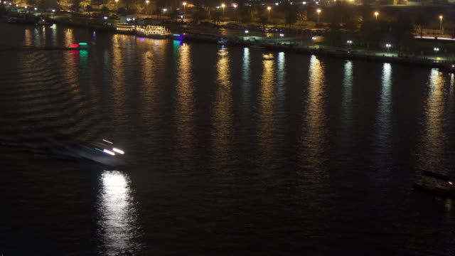 timelapse boats and pleasure craft on dubai creek at night, dubai - cruise stock videos & royalty-free footage