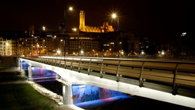 time lapse ponte y castillo - puente video stock e b–roll