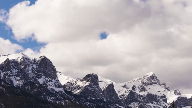 4K Time-Lapse: Canadian Rocky Mountains