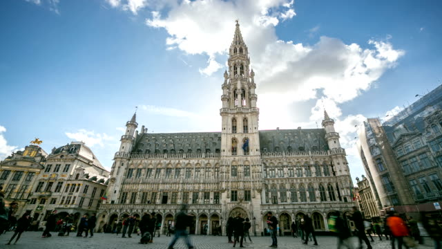hd time-lapse: city town hall grand place brussels belgium - town square stock videos & royalty-free footage
