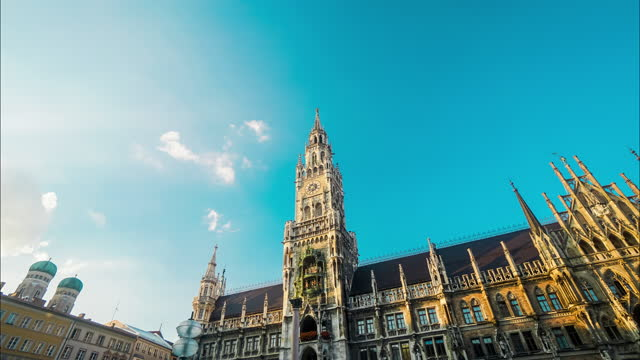 timelapse cityscape of marienplatz square at munich - rathaus stock videos & royalty-free footage