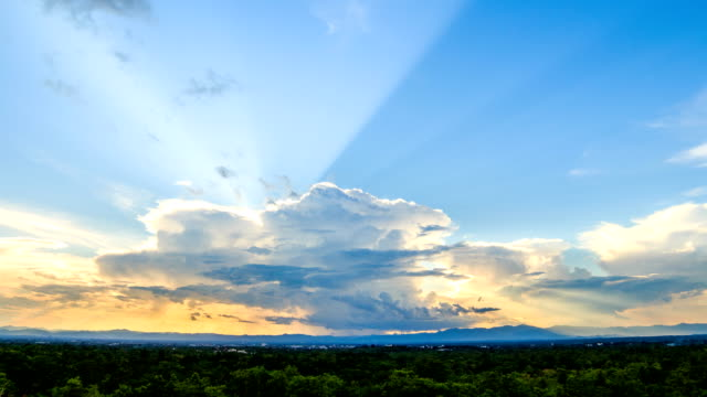 Timelapse colorful dramatic sky with cloud at sunset
