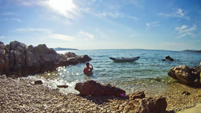HD Time-Lapse: Couple Enjoying Summer Vacation