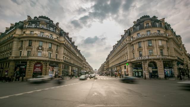 Time-Lapse: bondés de piétons à l'Opéra de Paris