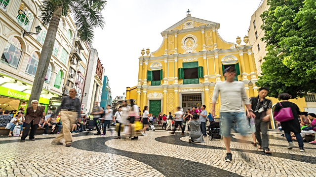 Time-lapse crowded pedestrian Saint Dominic's Church Senado Square Macau, China
