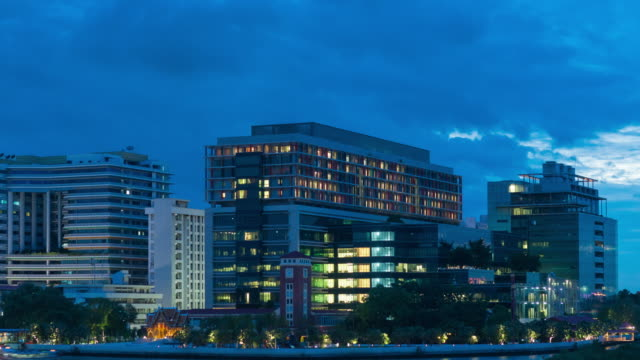 4K Timelapse Day to night: Siriraj Hospital building in Bangkok city.