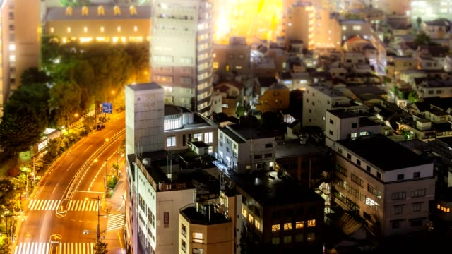 4k time-lapse, defocused aerial view tokyo skyline cityscape with highway at night, tokyo,japan. - 主要道路点の映像素材/bロール