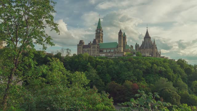 time-lapse :downtown district - parliament hill stock videos & royalty-free footage