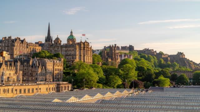 Time-lapse: Edinburgh Cityscape Scotland UK sunset