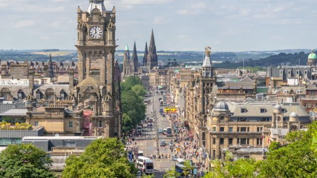 時間経過は: 都市景観スコットランド エディンバラ - 英国文化点の映像素材/bロール