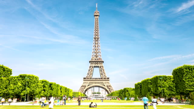 hd timelapse: eiffel tower paris, france - eiffel tower stock videos and b-roll footage