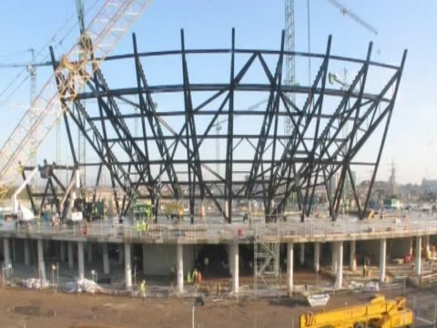 Timelapse following the construction of the London 2012 Olympic stadium