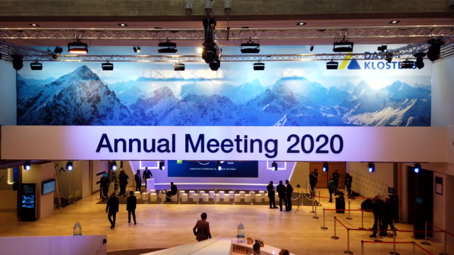timelapse footage of the davos world economic forum including attendees inside the congress center in davos switzerland on tuesday january 21 2020 - ダボス点の映像素材/bロール