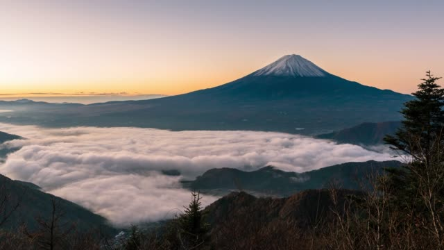 time-lapse: fujisan sunrise with kawaguchiko lake aerial view - mt fuji stock videos & royalty-free footage