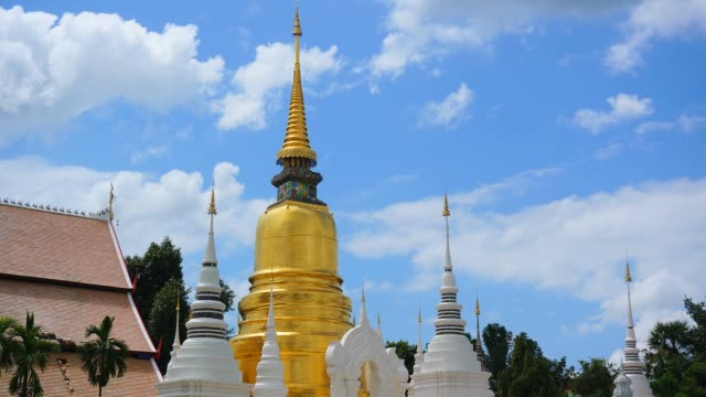 time-lapse: golden pagoda of buddhist temple - full hd format stock videos & royalty-free footage