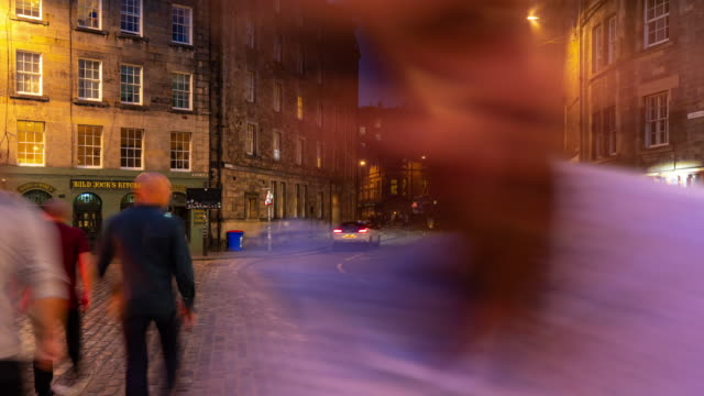 Edinburgh dating seurat