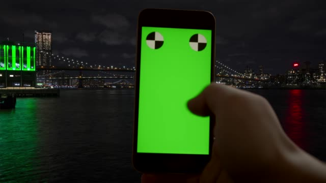 timelapse green screen new york city smart phone chroma key - imbarcazione per passeggeri video stock e b–roll