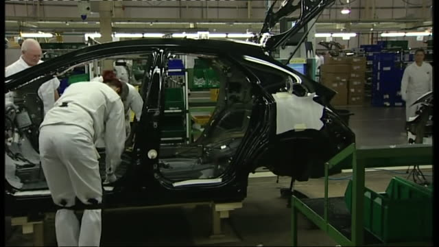 timelapse honda cars on production line at swindon car plant - production line stock videos & royalty-free footage
