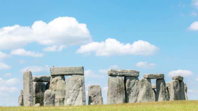 Zeitraffer: Landschaft von Stonehenge England Großbritannien, UNESCO-Weltkulturerbe.
