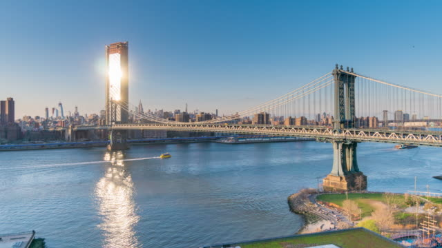 vídeos de stock e filmes b-roll de timelapse, manhattan bridge, new york, - ponte de manhattan