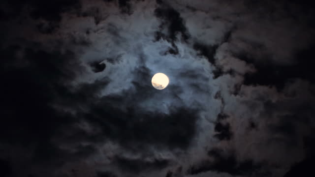 vidéos et rushes de timelapse lune nacht_mond_wolken - ciel seulement
