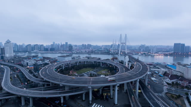 Timelapse Nanpu Bridge / Shanghai, China