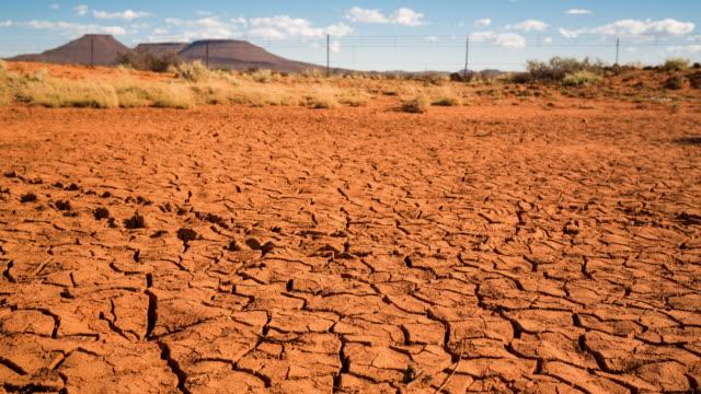 timelapse of a dry karoo landscape - karoo video stock e b–roll