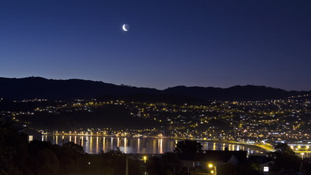 Time-lapse of a moonset over Lyall Bay seen from Strathmore Park.