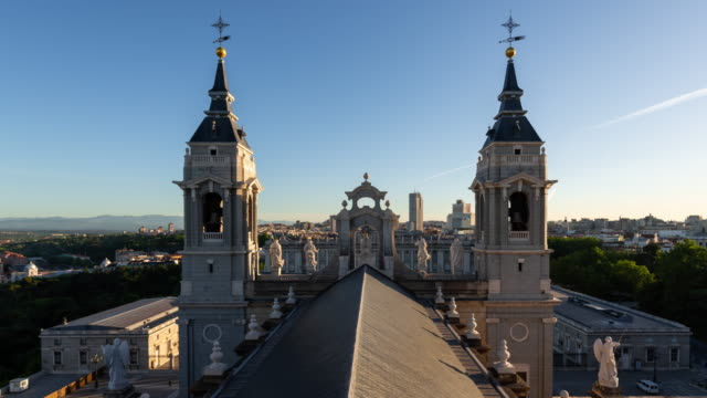 Timelapse of Almudena Cathedral