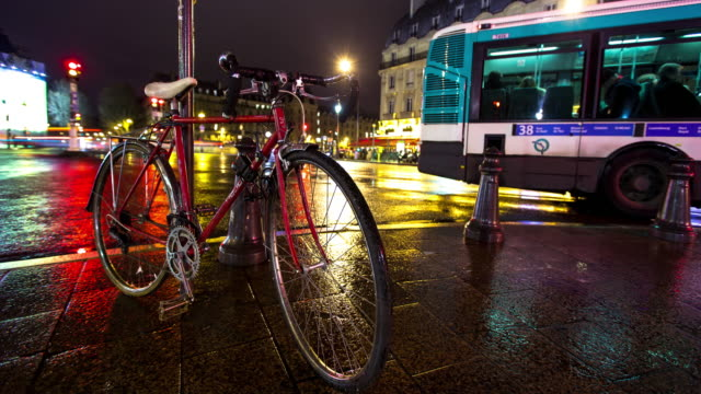 Timelapse of Bicycle at Boulevard Saint-Michel, Paris
