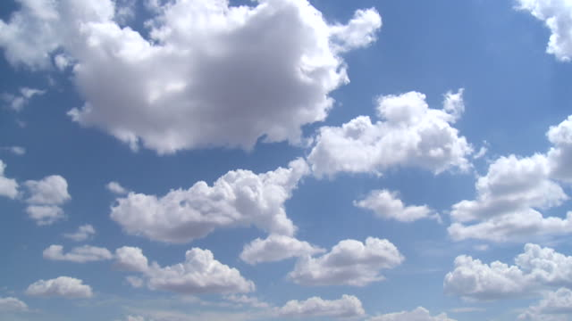 time-lapse of clouds in blue sky - cumulus cloud stock videos & royalty-free footage