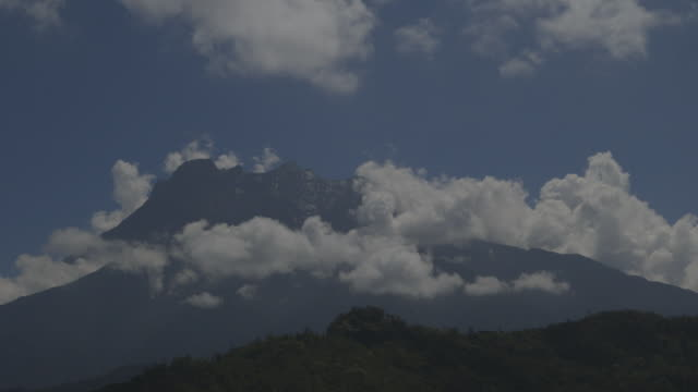 timelapse of clouds on mt kinabalu - mt kinabalu stock videos and b-roll footage