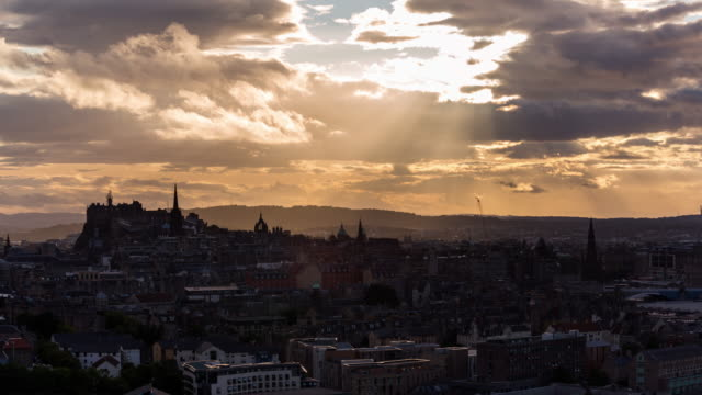 Timelapse of Edinburgh castle and city skyline