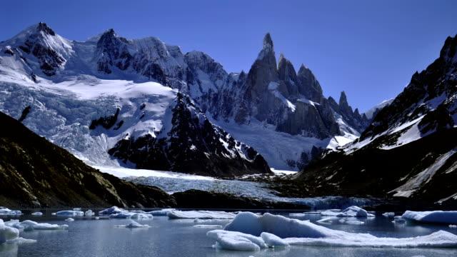 vídeos y material grabado en eventos de stock de timelapse del fitz roy montaña 3 - argentina