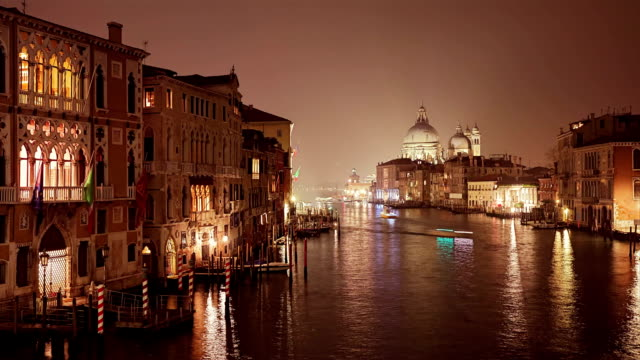 Timelapse of Grand Canal in Venice by Night