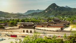 Time-lapse of Gwanghwamun Square and Nanshan mountain