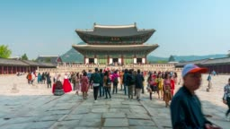 Timelapse of Gyeongbokgung Palace at Seoul city, South Korea.
