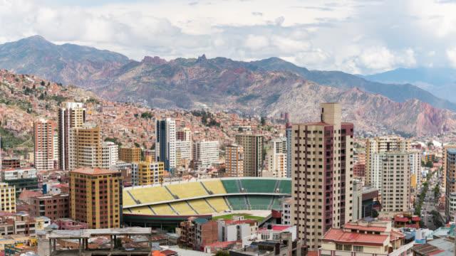 stockvideo's en b-roll-footage met timelapse of la paz in bolivia - la paz bolivia