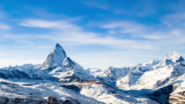 time lapse del cervino, svizzera, di zermatt - winter video stock e b–roll