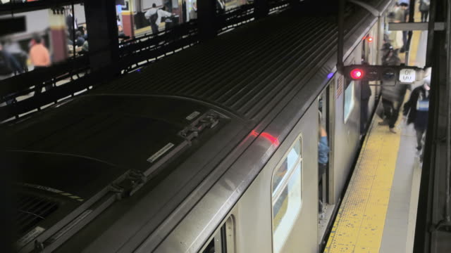 Timelapse of New York City Subway Train Station