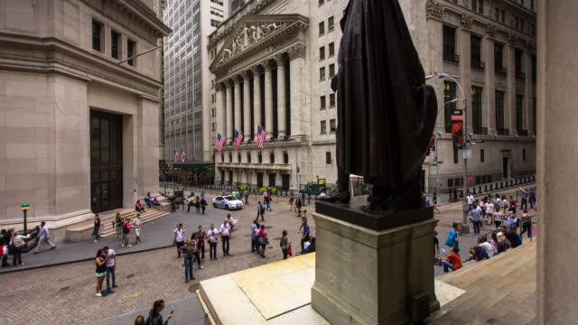 timelapse of new york stock exchange - george washington stock-videos und b-roll-filmmaterial