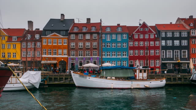timelapse of nyhavn, copenhagen - copenhagen video stock e b–roll