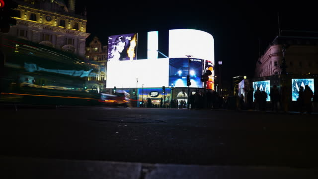 time-lapse of piccadilly circus at night - commercial sign stock videos & royalty-free footage