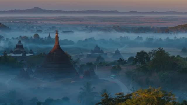4K Timelapse of Ratanabon Paya in Mrauk-U