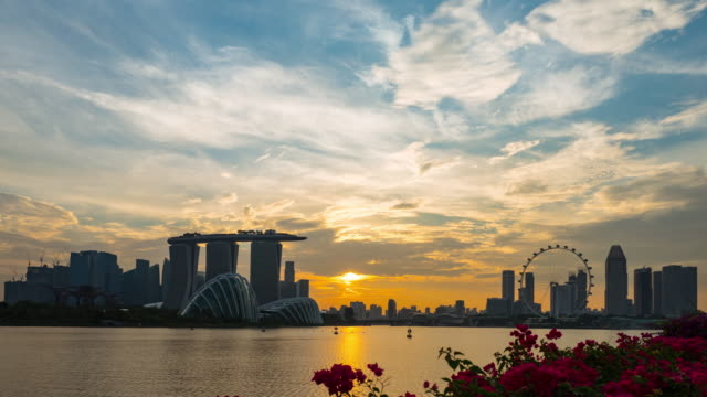 timelapse of singapore cityscape at dusk - singapore stock videos & royalty-free footage