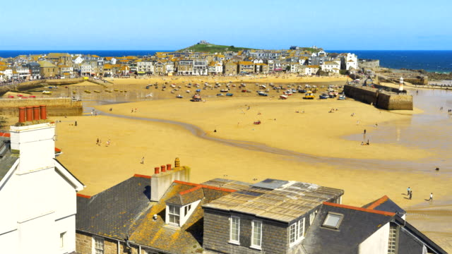 time-lapse of st ives harbour at low tide, cornwall, uk - low tide stock videos & royalty-free footage