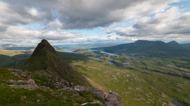 Timelapse of Suilven Summit and a panoramic view of the Scottish Highlands